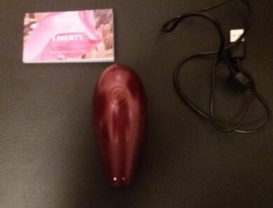 Test du Womanizer Liberty de Dorcel par Flora